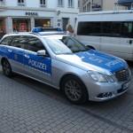 Tyske politiblier er ikke som i Norge... Litt høyere klasse...